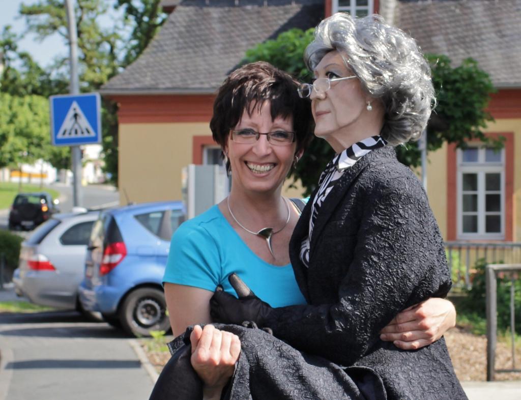Christiane Vogel mit Elfriede