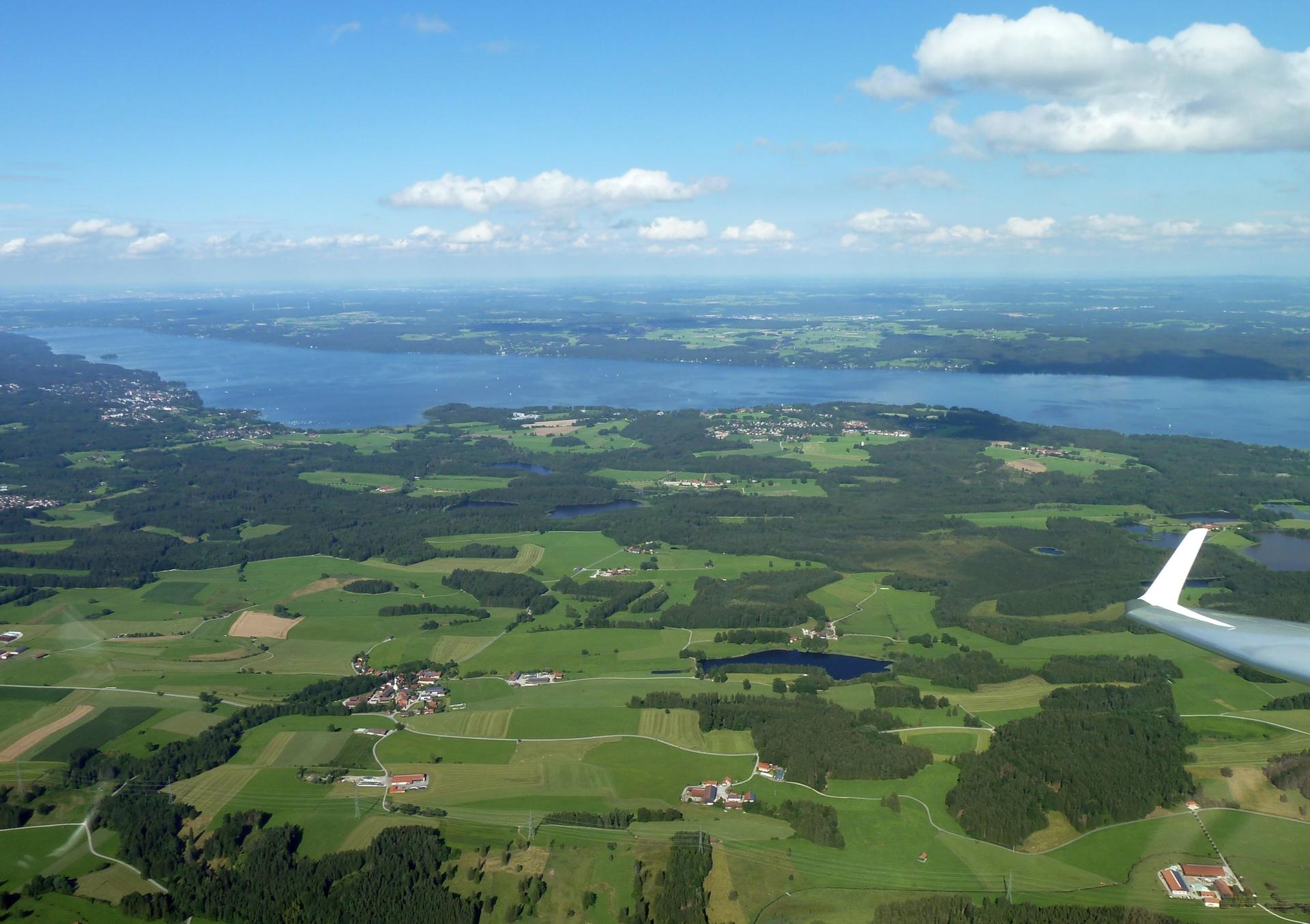 Am Ammersee - Fliegen in Bayern heisst die Landschaft genießen