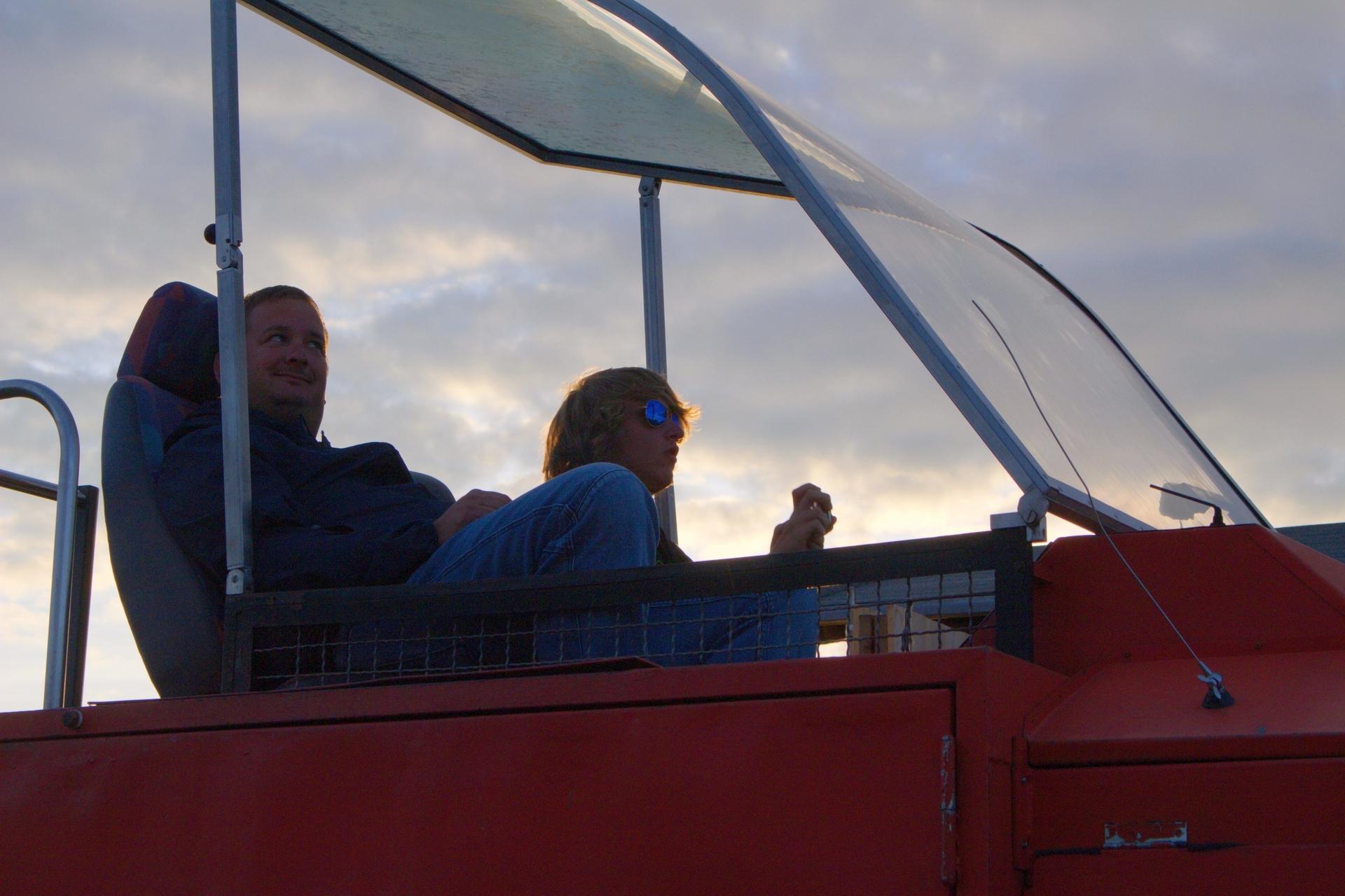Till bei der Windenfahrer-Ausbildung - Johannes hilft